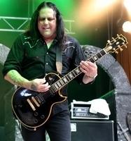 RIGOR MORTIS - Trauer um Gitarrist Mike Scaccia